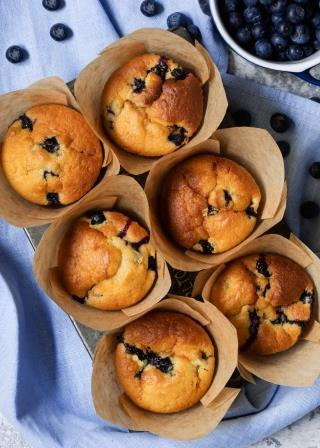 Blueberry Muffins With Stevia Truv&iacute;a<sup>&reg;</sup> And